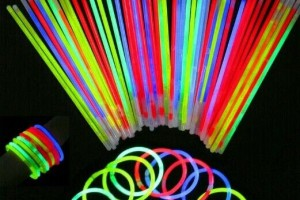 Jewelry , 7 Nice Glow Stick Necklaces Bulk : glow in the dark party
