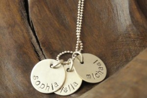 Jewelry , 9 Unique Personalized Charm Necklaces For Moms :  gold necklace