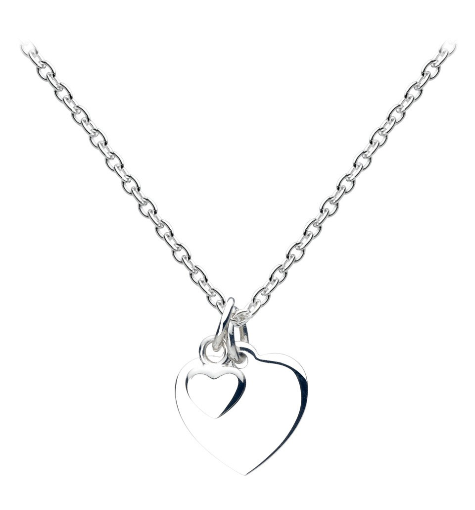 8 Charming Engravable Heart Necklaces in Jewelry