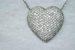 Jewelry , 8 Lovely Bewitched Heart Necklace : necklaces