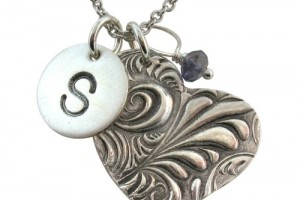 500x500px 8 Cool Charm Necklaces For Moms Picture in Jewelry