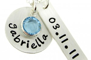 Jewelry , 9 Unique Personalized Charm Necklaces For Moms : personalized necklace