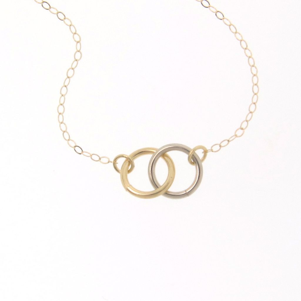 6 Stunning Tiffany Interlocking Circles Necklace in Jewelry