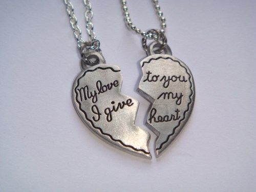 8 Beautiful Broken Heart Necklaces For Couples in Jewelry