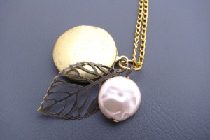 Jewelry , 7 Popular Locket Necklace With Charms Inside : Charm Necklace