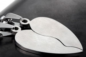 Jewelry , 8 Beautiful Broken Heart Necklaces For Couples : Couple's Necklaces