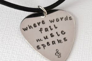 Jewelry , 7 Popular Personalized Guitar Pick Necklaces : Enlarge Necklace