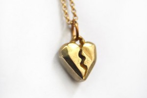 Jewelry , 7 Stunning Breakable Heart Necklace : Geometric Broken Heart Pendant Necklace