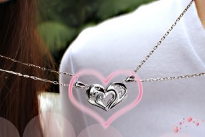 Jewelry , 8 Fabulous Split Heart Necklaces For Couples : Heart Necklaces