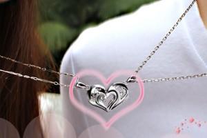 Jewelry , 8 Fabulous Split Heart Necklaces For Couples : Heart Necklaces
