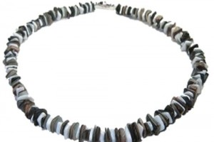 Jewelry , 6 Stunning Puka Shell Necklace For Men : Horn Bead Necklace