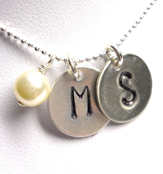 8 Charming Initial Necklace For Moms in Jewelry