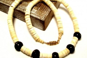 Jewelry , 6 Stunning Puka Shell Necklace For Men : Mens White Puka Shell and Brown Horn Bead Necklace
