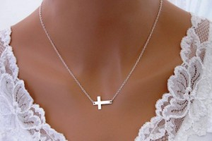 917x780px 7 Awesome Meaning Behind Sideways Cross Necklace Picture in Jewelry