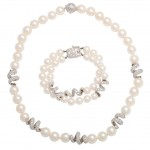 Original Box Necklace , 8 Lovely Mikimoto Pearl Necklace Value In Jewelry Category