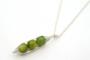 Jewelry , 8 Stunning Pea In The Pod Necklace : Peapod necklace