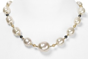 Jewelry , 8 Lovely Majorica Baroque Pearl Necklace : Pearl Beaded Necklace
