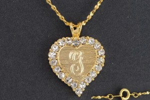 Jewelry , 8 Charming 14kt Gold Initial Necklace : Pendant Necklace