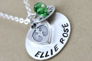 Jewelry , 6 Lovely Birthstone Necklaces For Moms : Personalized Necklace