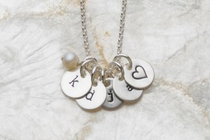 Jewelry , 8 Fabulous Initial Necklaces For Moms : Personalized Necklaces