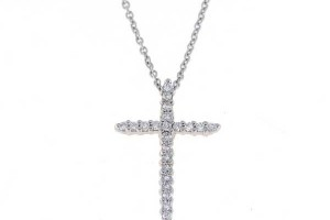 600x600px 7 Top Roberto Coin Diamond Cross Necklace Picture in Jewelry