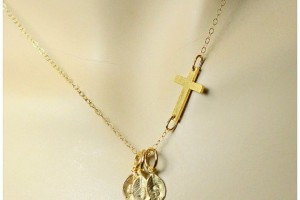 570x713px 8 Cool Sideway Cross Necklace Gold Picture in Jewelry