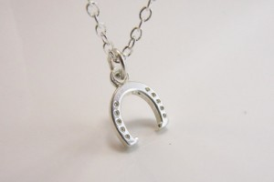 Jewelry , 8 Nice Carrie Bradshaw Horseshoe Necklace : Silver Horseshoe Necklace