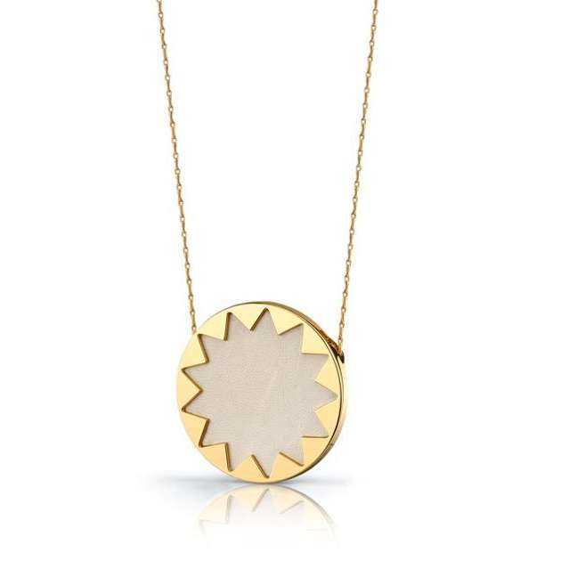 7 Unique House Of Harlow Starburst Necklace in Jewelry