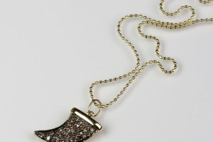 535x535px 6 Wonderful Horn Necklace Meaning Picture in Jewelry