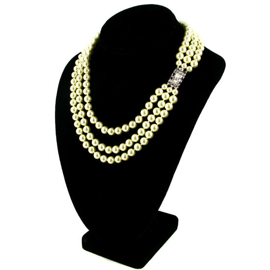 7 Stunning Jackie Kennedy Pearl Necklace in Jewelry