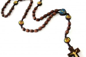 Jewelry , 7 Nice Catholic Cross Necklaces For Men :  cross necklace