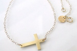 Jewelry , 7 Good 14k Gold Horizontal Cross Necklace :  cross necklaces