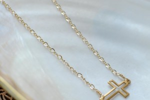 Jewelry , 8 Awesome Cross Necklaces For Women Sideways :  cross necklaces for men