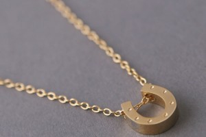 Jewelry , 8 Nice Carrie Bradshaw Horseshoe Necklace : kellinsilver