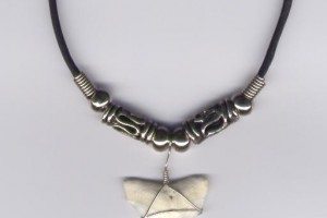 Hair Style , 4 Unique Shark Teeth Necklaces For Sale :  megalodon fossil