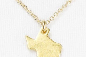 Jewelry , 7 Stunning Dogeared State Necklaces : mind texas necklace
