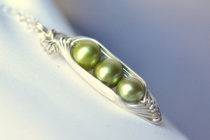Jewelry , 8 Stunning Pea In The Pod Necklace : pod necklace