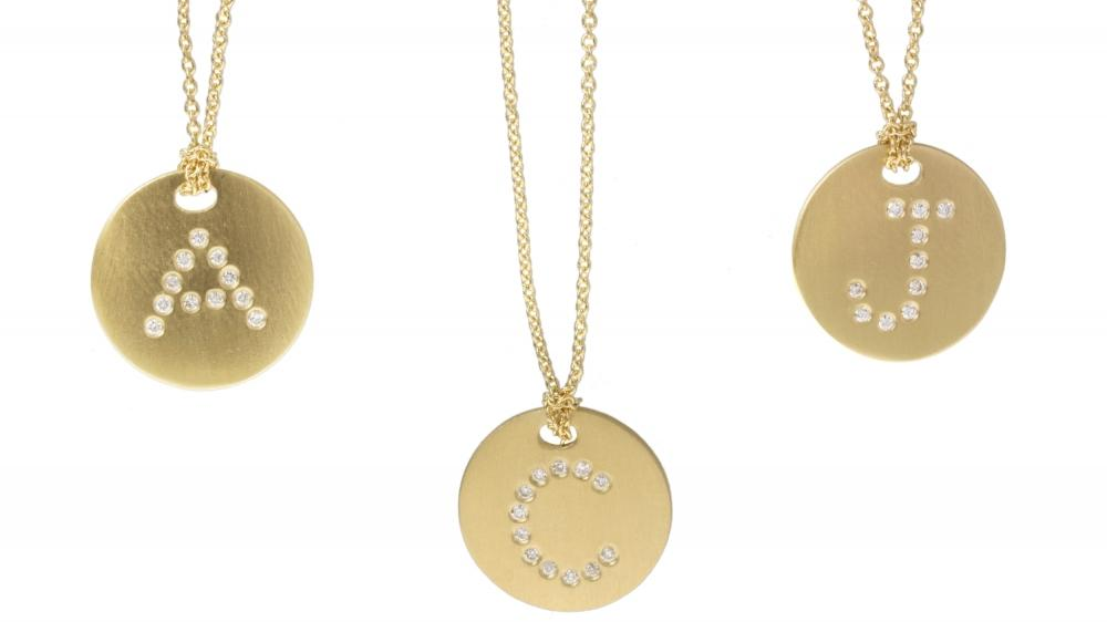 7 Charming Roberto Coin Initial Necklace in Jewelry