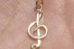 Jewelry , 8 Charming G Clef Necklace :  silver ring