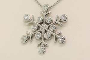 Jewelry , 7 Wonderful Tiffany Snowflake Necklace : snowflake diamond necklace