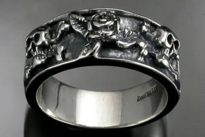 Jewelry , 8 Lovely Skull Wedding Bands : Antiqued sterling silver