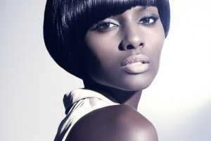 Hair Style , 8 Beautiful Short Black Hairstyle : Best Short Black Hairstyles for Round Faces