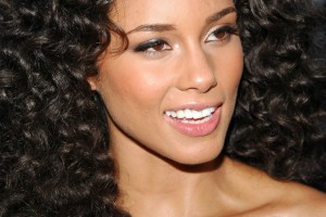 Hair Style , 9 Popular Black Female Hair Styles : Long Hairstyles