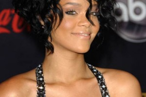 Hair Style , 9 Popular Black Female Hair Styles : Loose Curly Hairstyles