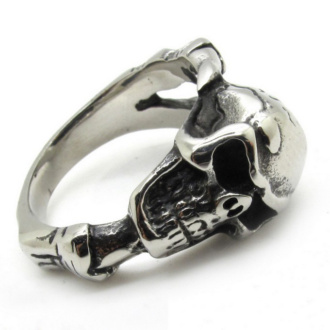 large 680 x 680 - Skull Wedding Rings For Men