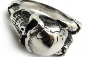 680x680px 9 Stunning Skull Wedding Bands For Men Picture in Jewelry