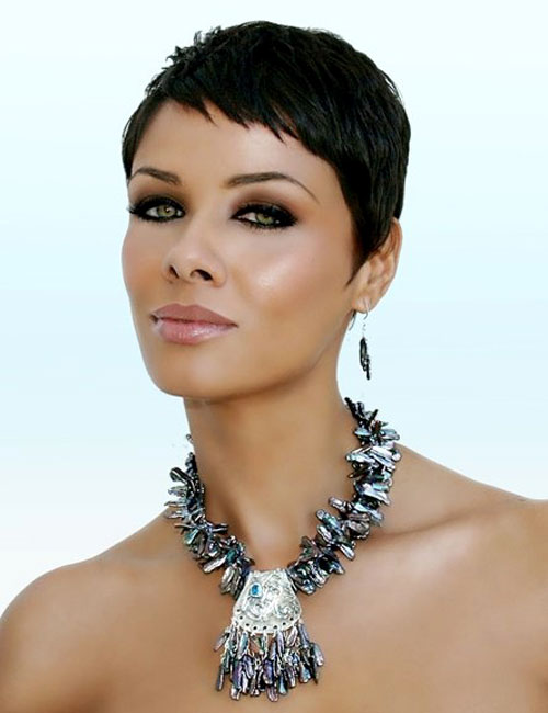 6 Gorgeous Short Pixie Cuts For Black Women in Hair Style