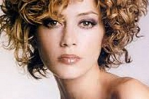 500x667px 13 Unique Curly Short Hairstyles 2013 Picture in Hair Style