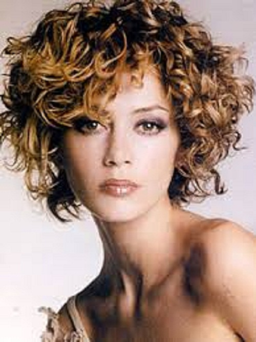 Astounding Short Curly Hairstyles For Women In The Middle Age 13 Unique Hairstyles For Women Draintrainus