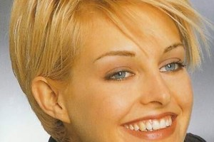 500x589px 9 Amazing Short Hairstyles For Fine Thin Hair Women Picture in Hair Style